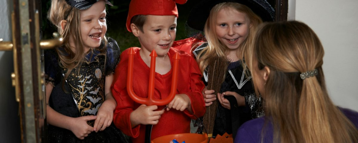 5 Healthy Trick Or Treat Ideas That Are Better Than Candy