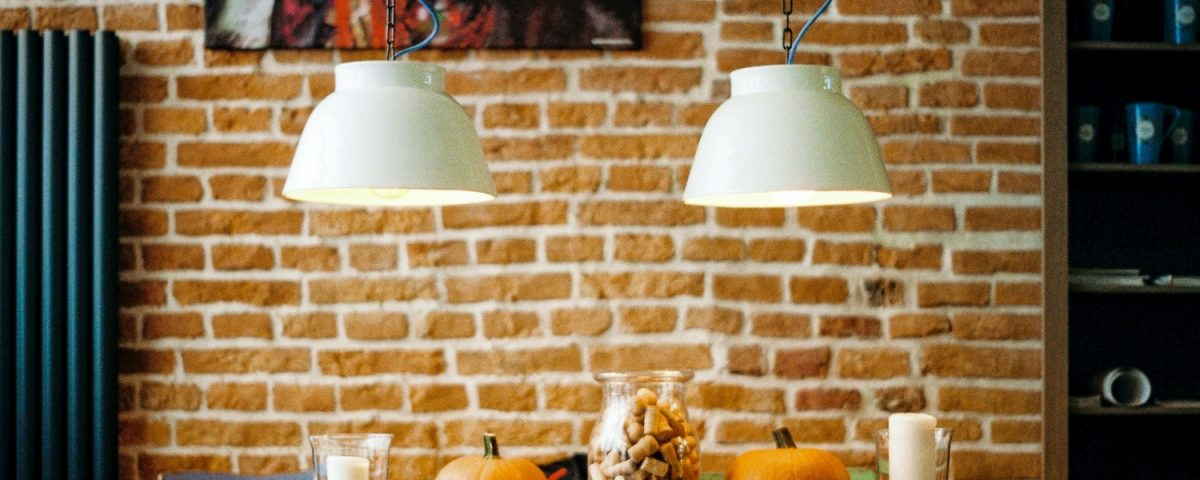 6 Chic & Simple Thanksgiving Table Decoration Ideas